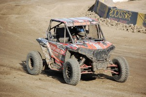 David Mayhew 921 held off a hard challenge by Cody Rahders to win the Production 1000 event.